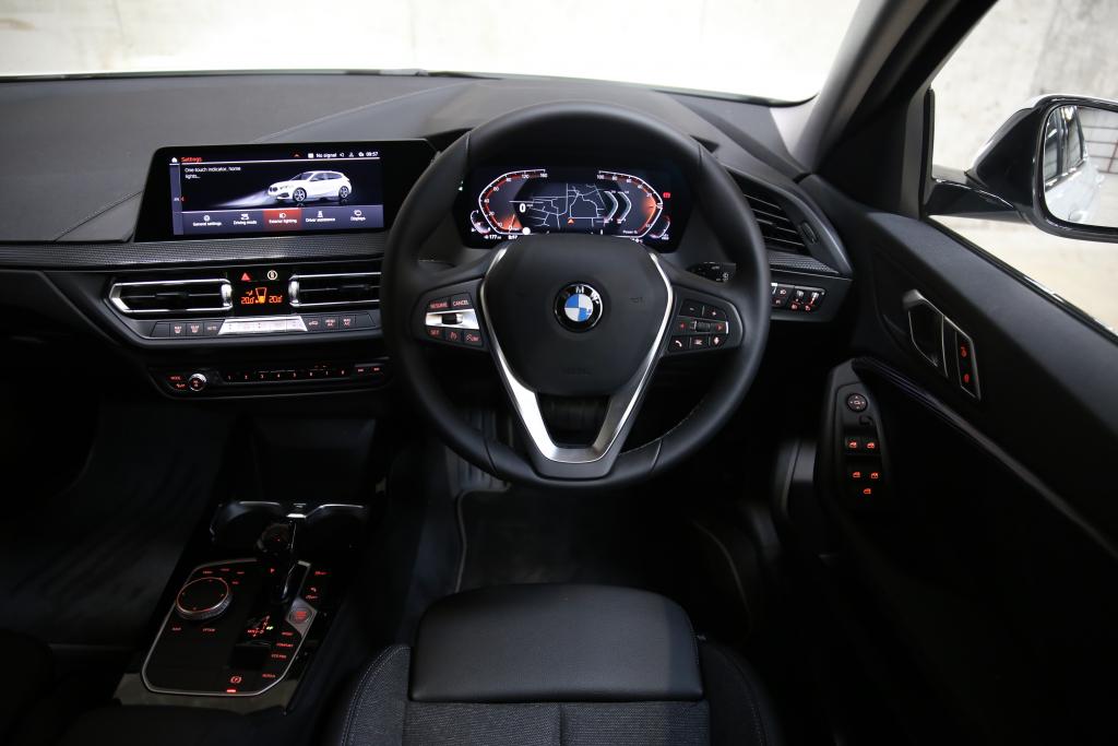 BMW 1 Series Hatchback - 118i [136] Sport 5dr